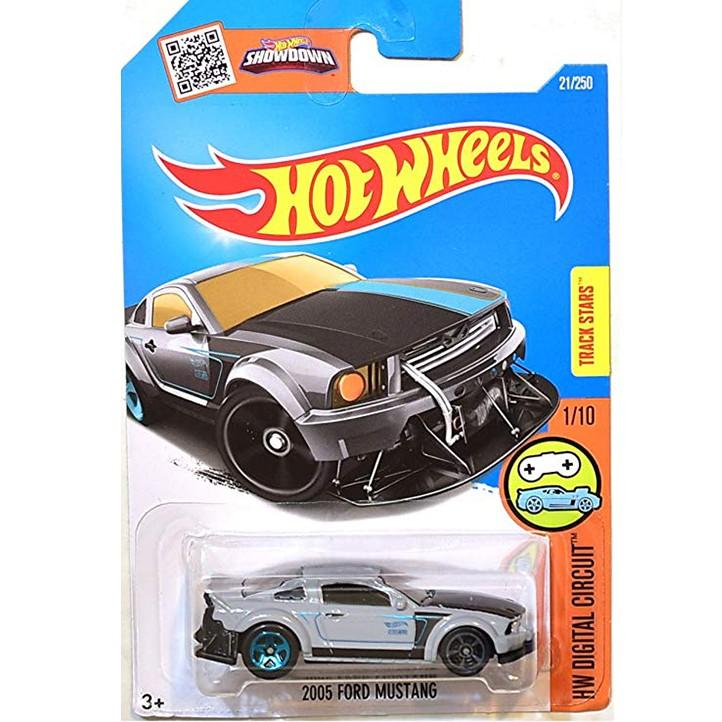 Hot Wheels 2005 Ford Mustang Series Hw Digital Circuit grey 21/250