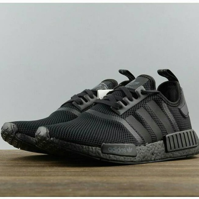 Adidas Nmd R1 Triple Black S31508 All Black Webshoe Sneakers All