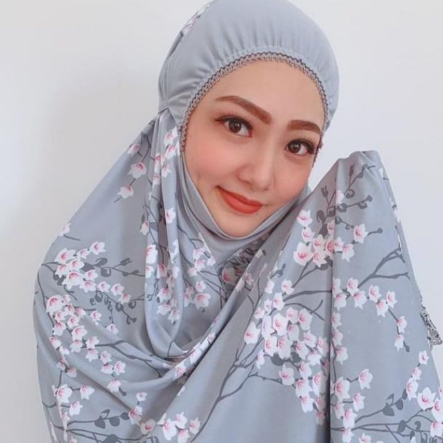 Telekung Arafah Bunga Sakura With 1 Free Gift