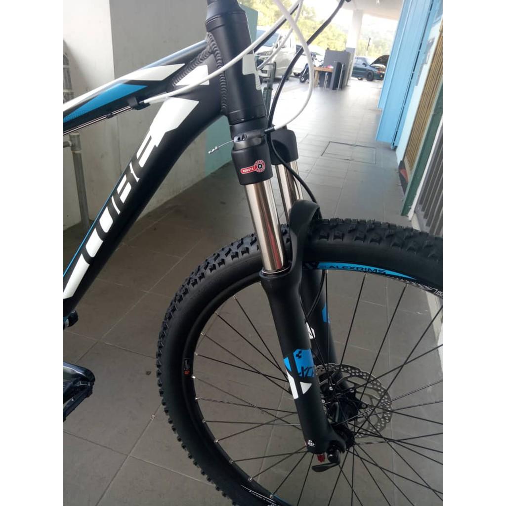 Pair Schwalbe 26 X 2.10 Black Jack MTB Tyres