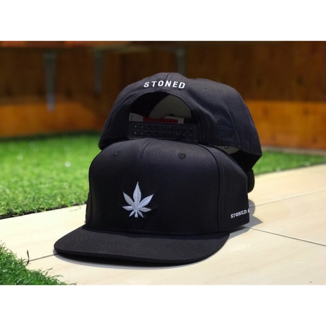 STONED & CO WEED SNAPBACK