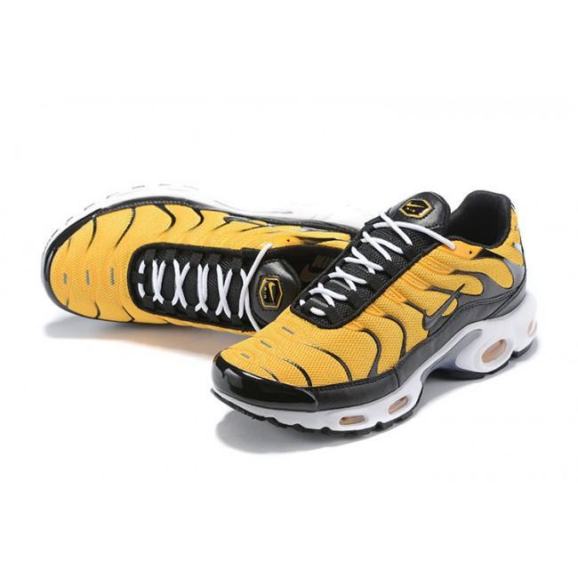 filosofía Admitir Superficie lunar  Men Nike Air Max TN Black/Yellow Running Shoes | Shopee Malaysia