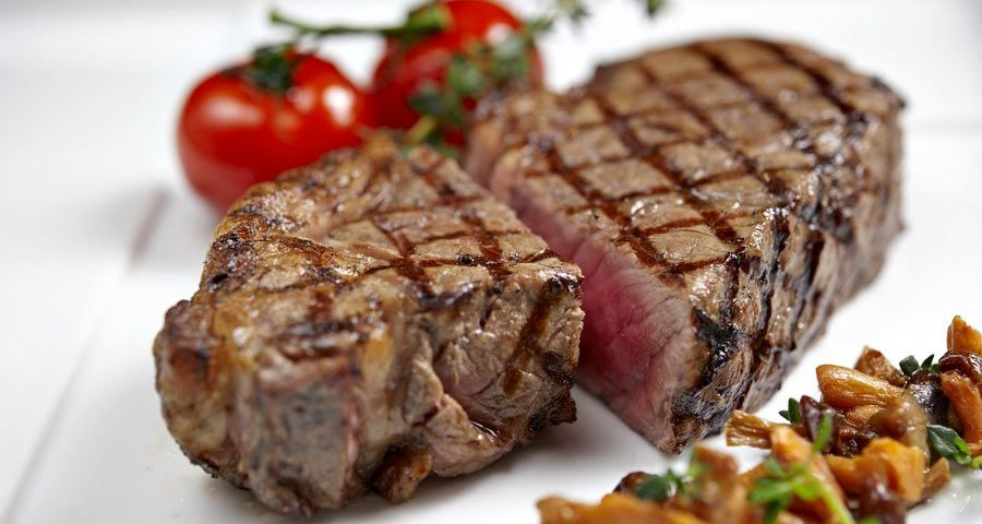 Australian Chill ANGUS Beef Sirloin / Striploin Grade AA+ (250g-300g) Grain Fed