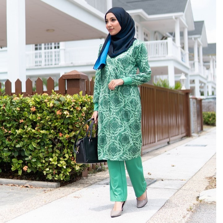 (H109) QISSARA HELWA EXCLUSIVE MOMMY MATERNITY AND NURSING BLOUSE AND PANT