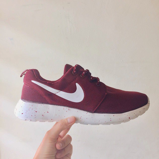 new concept bc04a 48a7b ... low cost nike roshe run in maroon oreo shopee malaysia aba3c c6379