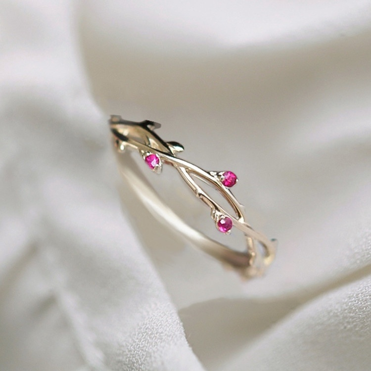 12b1d2997a Flower Vine Ruby Ring Fashion Lady Wedding Party Ring