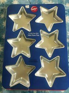 WILTON, Baking Pan - Mini Star Pan, 6 indent