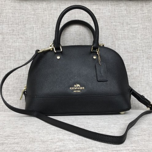 Coach F36675  NWT  Small Kelsey Satchel in Pebble Leather - IMBLK ... 8dde1f0ba6