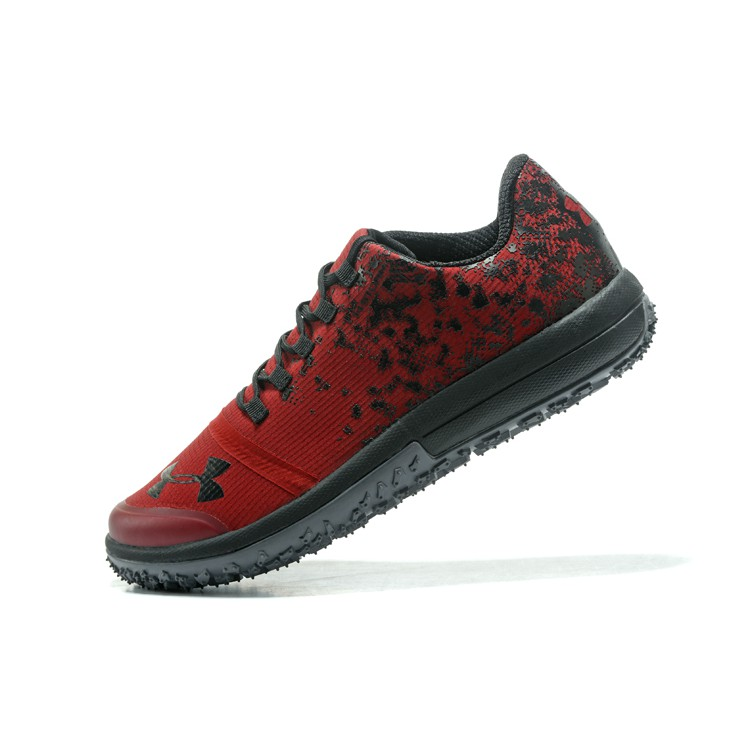 big sale 1e00a 8abfe UA Fat Tire Low Red Black Running Shoes