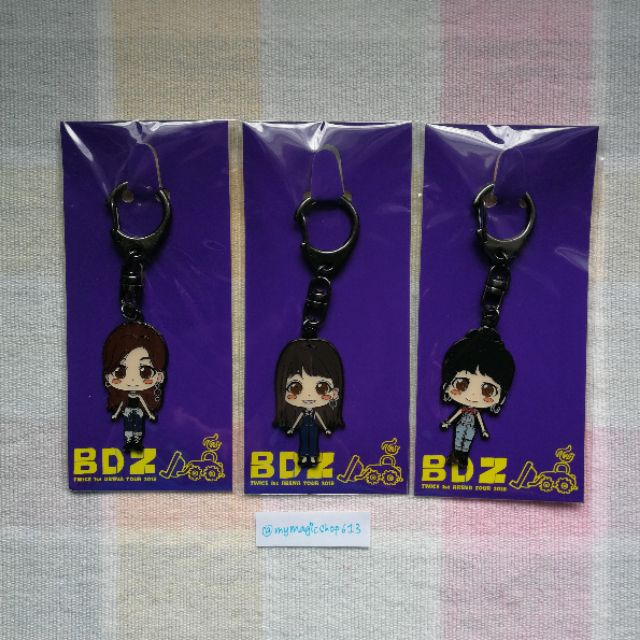 TWICE BDZ OFFICIAL MEMBER KEYCHAIN READY STOCK | Shopee Malaysia