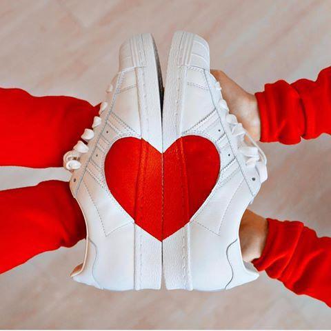 quality design 8b18f 5d072 Adidas Superstar 80s Half Heart