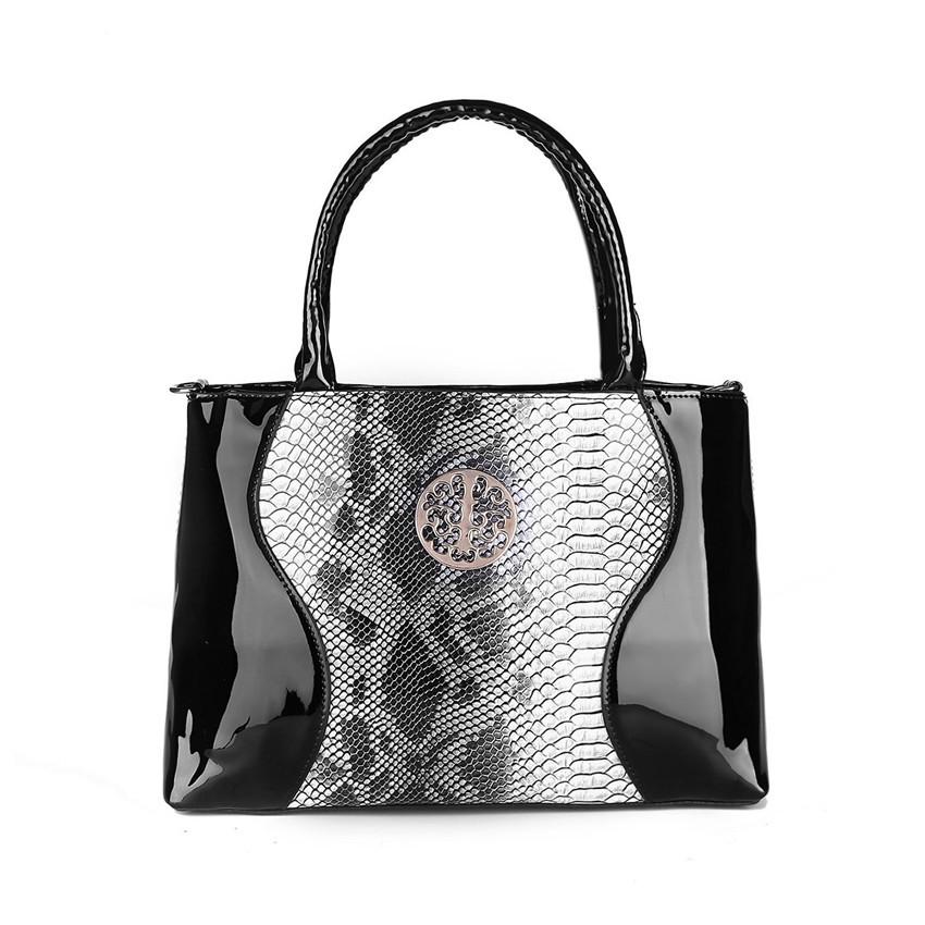96b43ebc586e Female Vintage Fashion Crocodile Pattern Leather Bags High Quality Black  Messeng