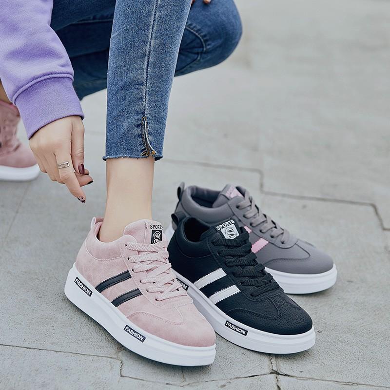 【สต็อกพร้อม】EU35-40 รองเท้ากีฬาผู้หญิงเกาหลี รองเท้า รองเท้าแฟชั่น รองเท้าผ้าใบ รองเท้า รองเท้า