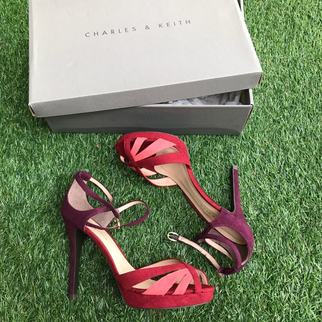 c2d4c8dcf20e CHARLES   KEITH