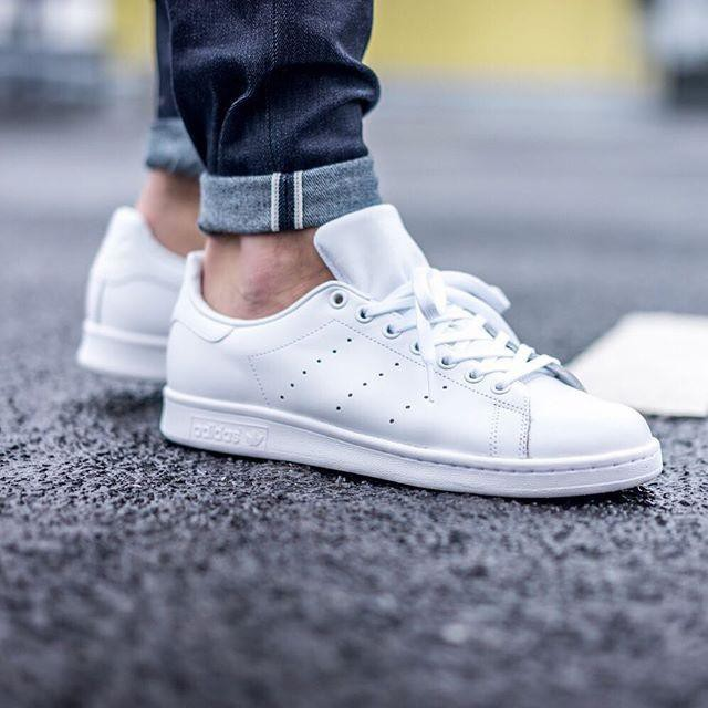 best sneakers large discount classic styles Adidas Stan Smith \