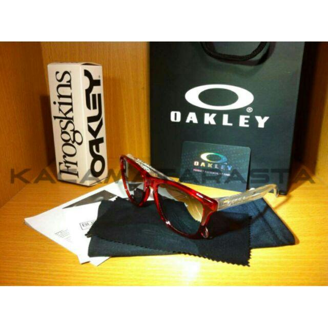 4e2ad32216 Oakley Frogskins KITH X Coca-Cola