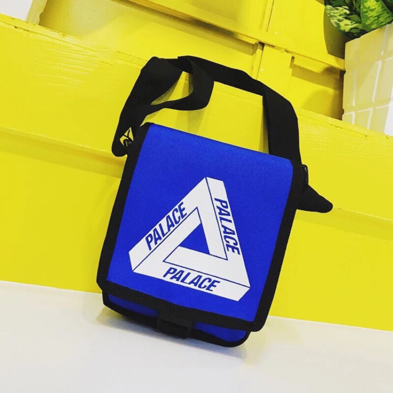 1e817d9a7a70 American street retro hip hop PALACE single shoulder messenger bag zero  purse
