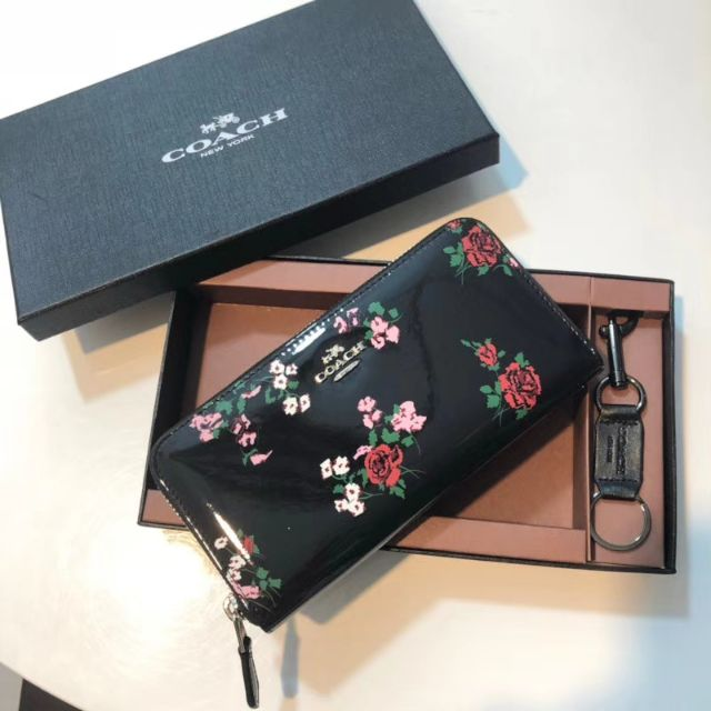 buy popular 281a9 29064 ACCORDION ZIP WALLET WITH CROSS STITCH FLORAL PRINT, COACH F26294