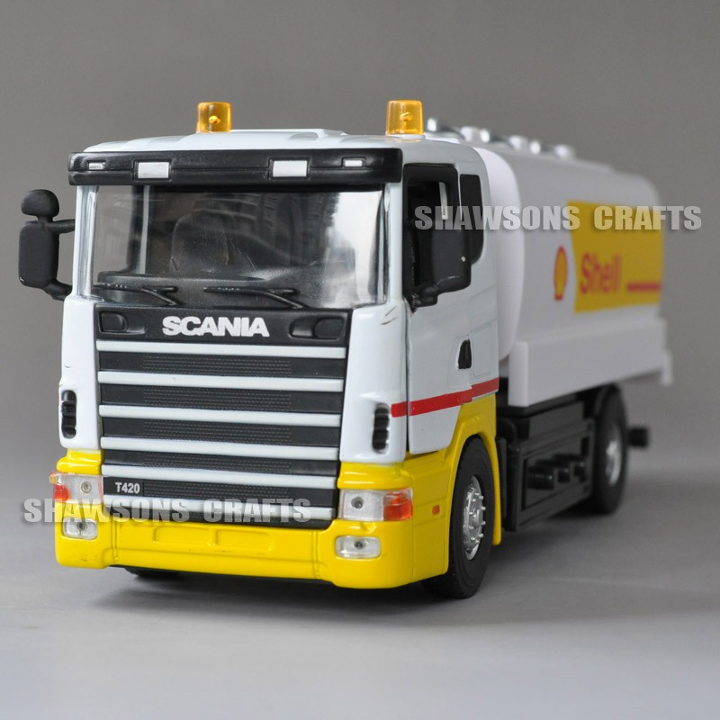 1:43 Diecast Tanker Truck Model Toy Scania T420 Pull Back Vehicle Replica  With Sound&Light