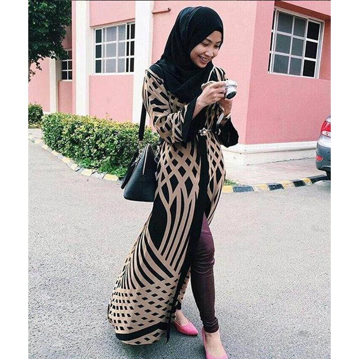 50274c83b325 New Muslim women long cardigan dress Hui Malay national dress dress ...