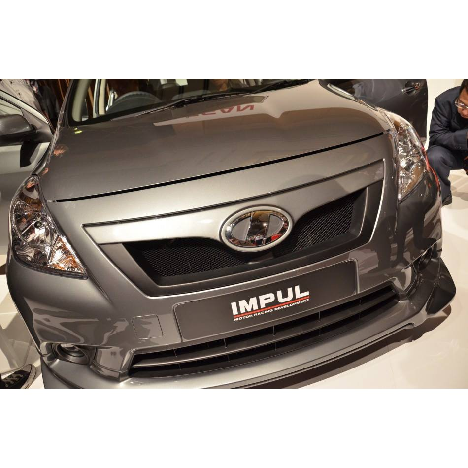 Nissan Almera Nismo Front Grille With Logo with 2K Color Paint