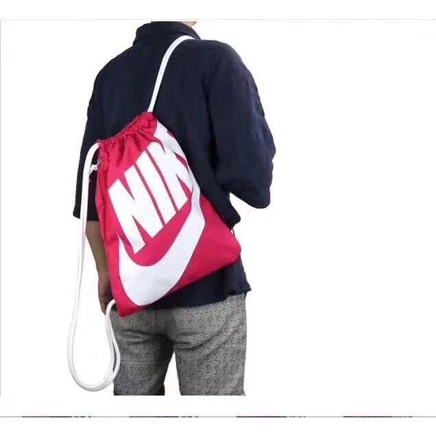 Nike backpacks for girls