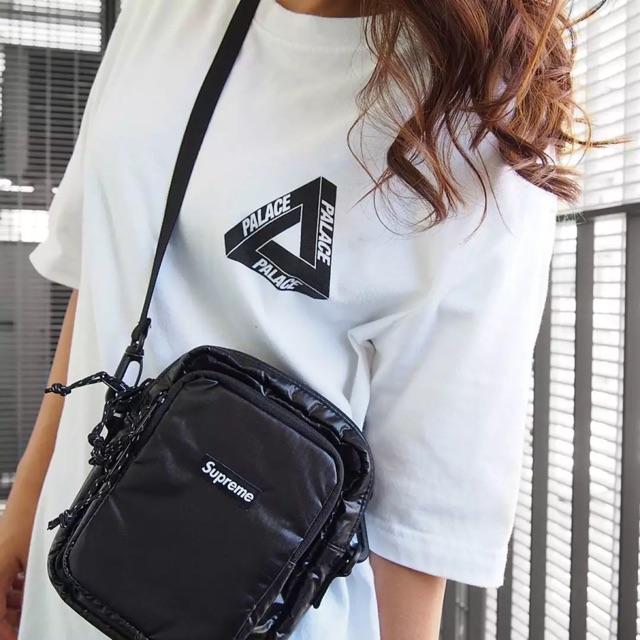 Supreme FW18 shoulder bag  18a8647d4c1b0