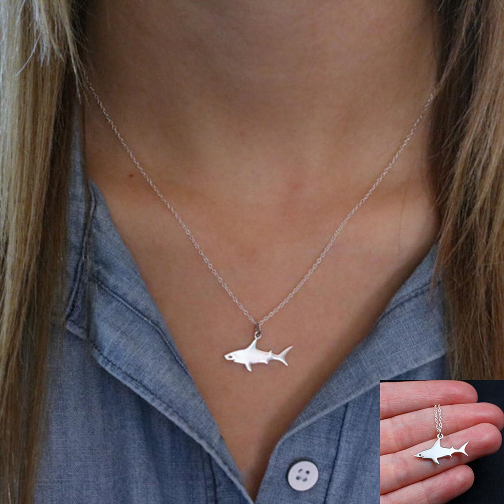 Charm Ocean Animals Alloy Necklace Gold//Silver Plated Pendant Great White Shark