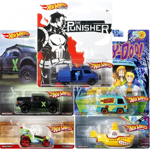 HOT WHEELS 2019 RETRO ENTERTAINMENT SET OF 5 ( Punisher