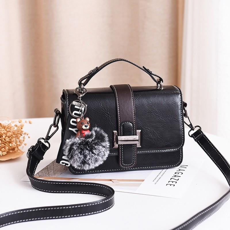 ce70ba3ac508 Net red hook bag girl Messenger bag female ins shoulder fashion wild small  bag