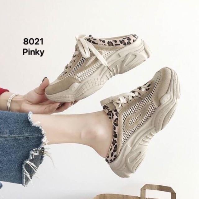 ♥โค๊ด NEWRAHK ลดเพิ่ม 80฿♥ รองเท้าผ้าใบเป