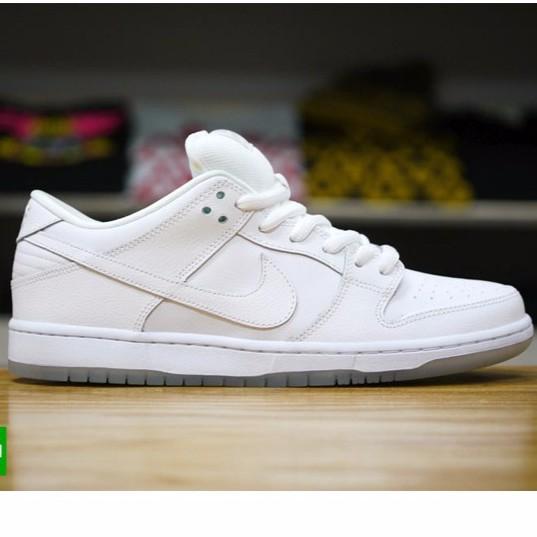 conformidad barricada dialecto  Nike SB Dunk Low all white | Shopee Malaysia