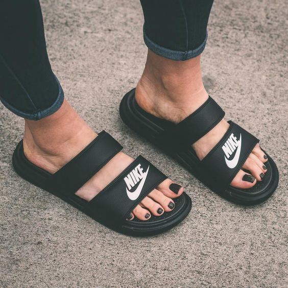 quality design 00d81 83fd4 Nike Benassi Duo Ultra Slide Sandals   Shopee Malaysia
