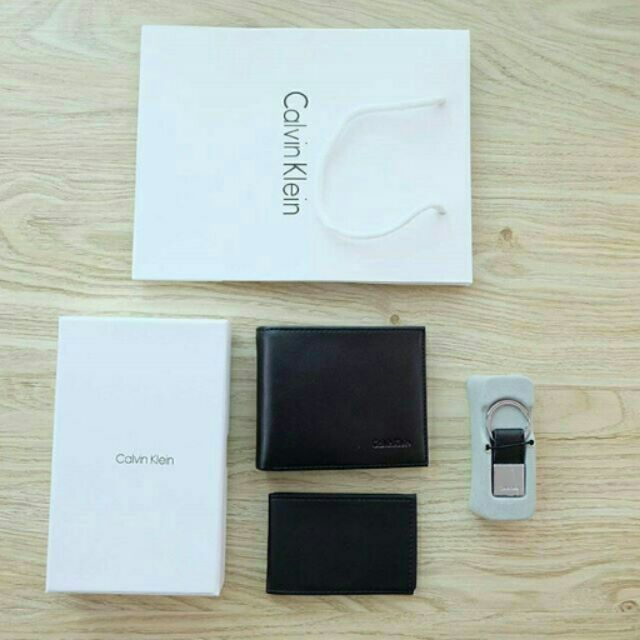 Calvin Klein Leather Credit Card Fold with Metal Clip Key Fo