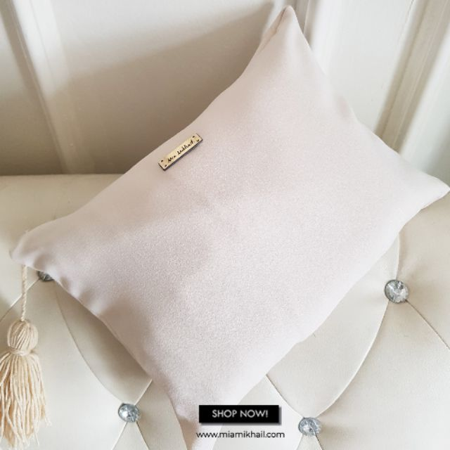 MIA MIKHAIL Clutch Bag Off White (Bag Telekung Hantaran)