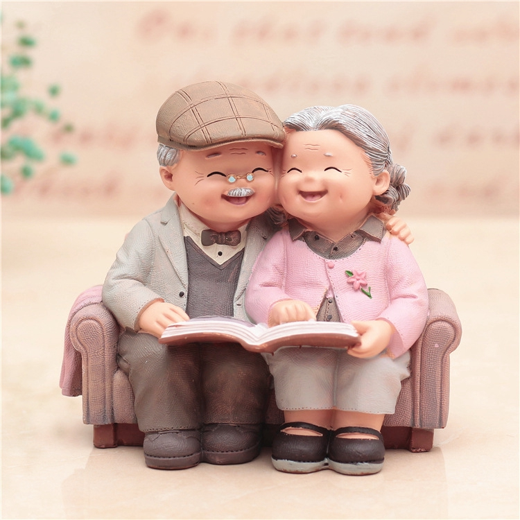 Creative Home Decoration Old Man And Old Woman Love To Look At Photos Wedding Anniversary Gifts Shopee Malaysia
