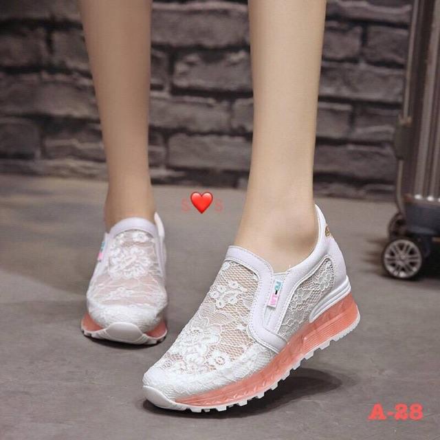 ♥โค๊ด NEWRAHK ลดเพิ่ม 80฿♥ รองเท้าผ้าใบเสร