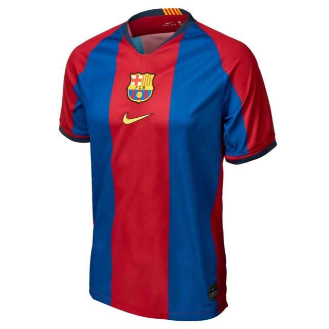fbeb50db018 Liverpool Pitch Black anniversary jersey - L size   Shopee Malaysia
