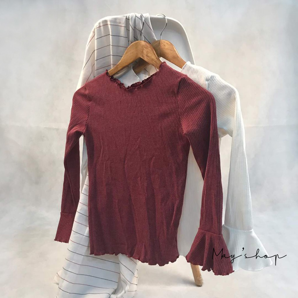 [ Clearance Stock ] Korean Version Of  Wavy Neckline Long-sleeved Sweater