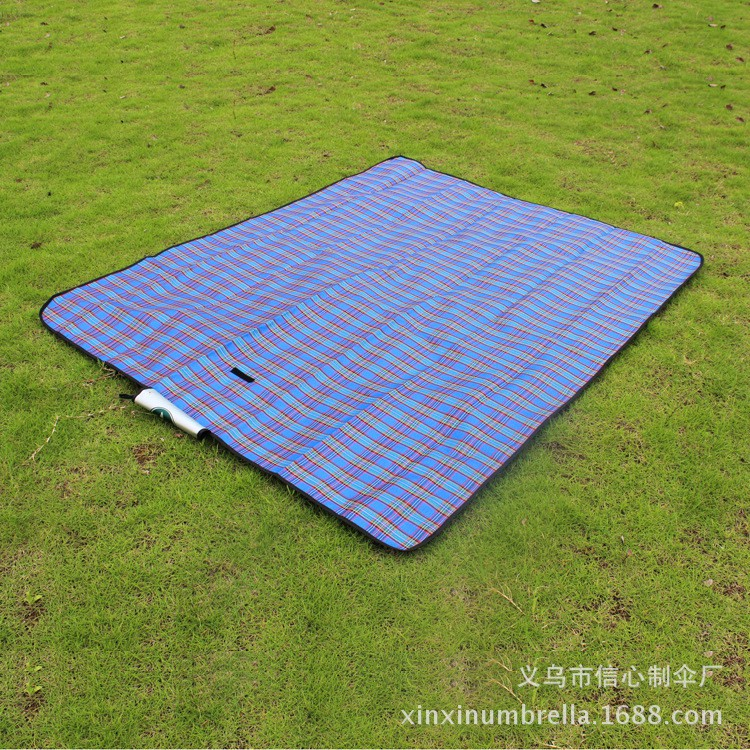 Outdoor picnic camping moisture-proof pad folding fashion (Blue/Red)