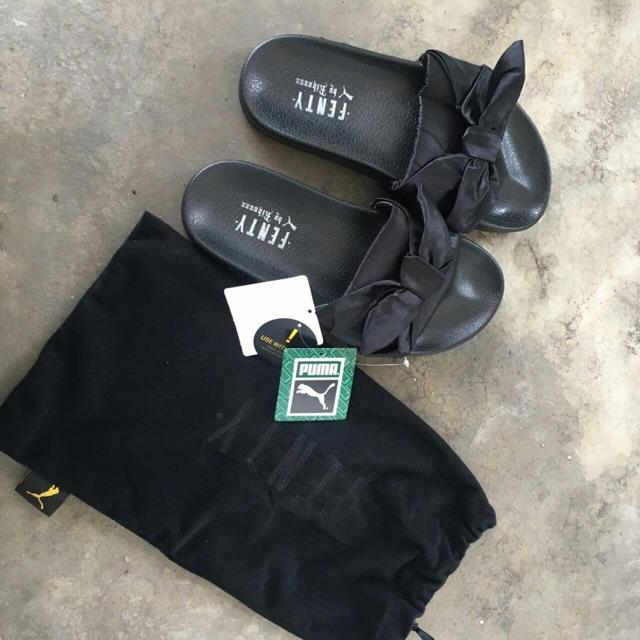 sports shoes 604dd 409c7 PUMA FENTY BOW BLACK SANDAL