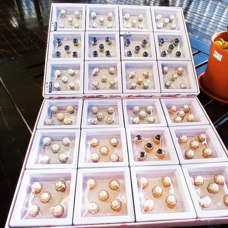 Butang Baju Melayu Mutiara ORIGINAL SABAH dengan Kotak - Pearl Malay Clothe Buttons In Box