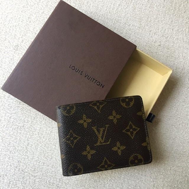 b2535113f278 AUTHENTIC LV LOUIS VUITTON Men s Bifold Wallet