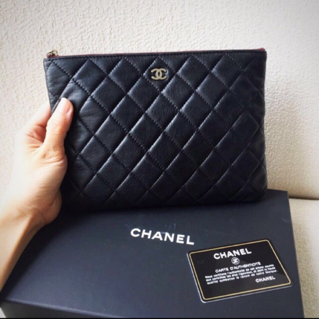 b03310b3bb88 Chanel classic medium double flap GHW caviar