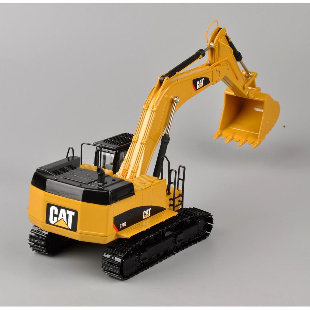 Caterpillar 1:50 Diecast 374D Hydraulic Excavator 55274 Vehicles Model