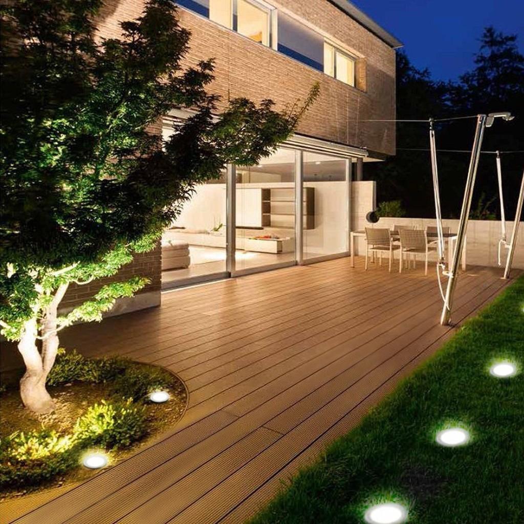 2//4//6//8//10 x Solar Powered LED Outdoor Garden Fence Wall Lantern Light Lamp New