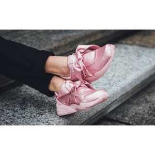 super popular 62ef8 2d449 Puma Fenty Bow Satin Sneakers | Shopee Malaysia