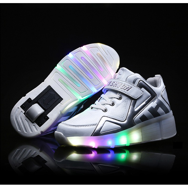 Kids Boy And Girl S Led Light Up Roller Shoes Wheel Skate Flashing Sneakers Shopee Malaysia
