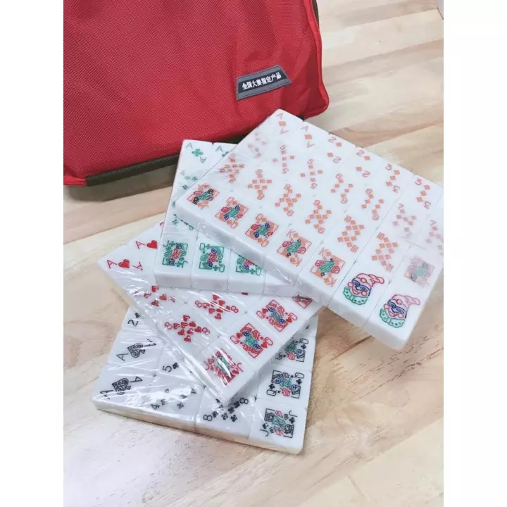 A1 40MM MALAYSIA MAHJONG LAMI POKER RUMMY FULLSET CRYSTAL GOLD PVC CASE 4 PLAYERS 3 PLAYER FULL SET MALAYSIA LAMI