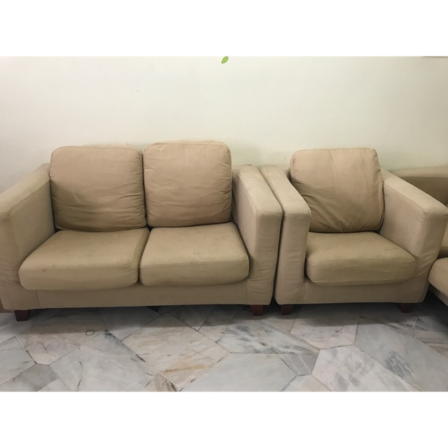 Second Hand Sofa 3 2 1